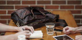 Budżet domowy w zeszycie - czy warto skrzętnie notować wszystkie swoje wydatki?
